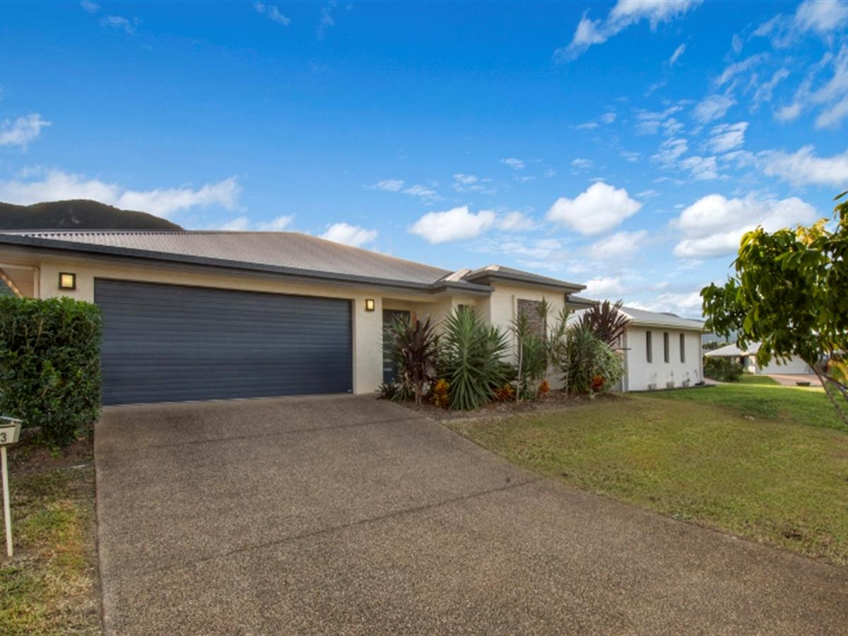 5 Bedroom Family Home in the Heart of Redlynch