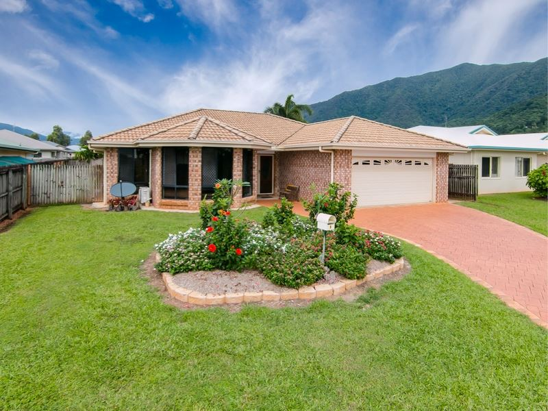 Redlynch Family Home – Exceptional Location