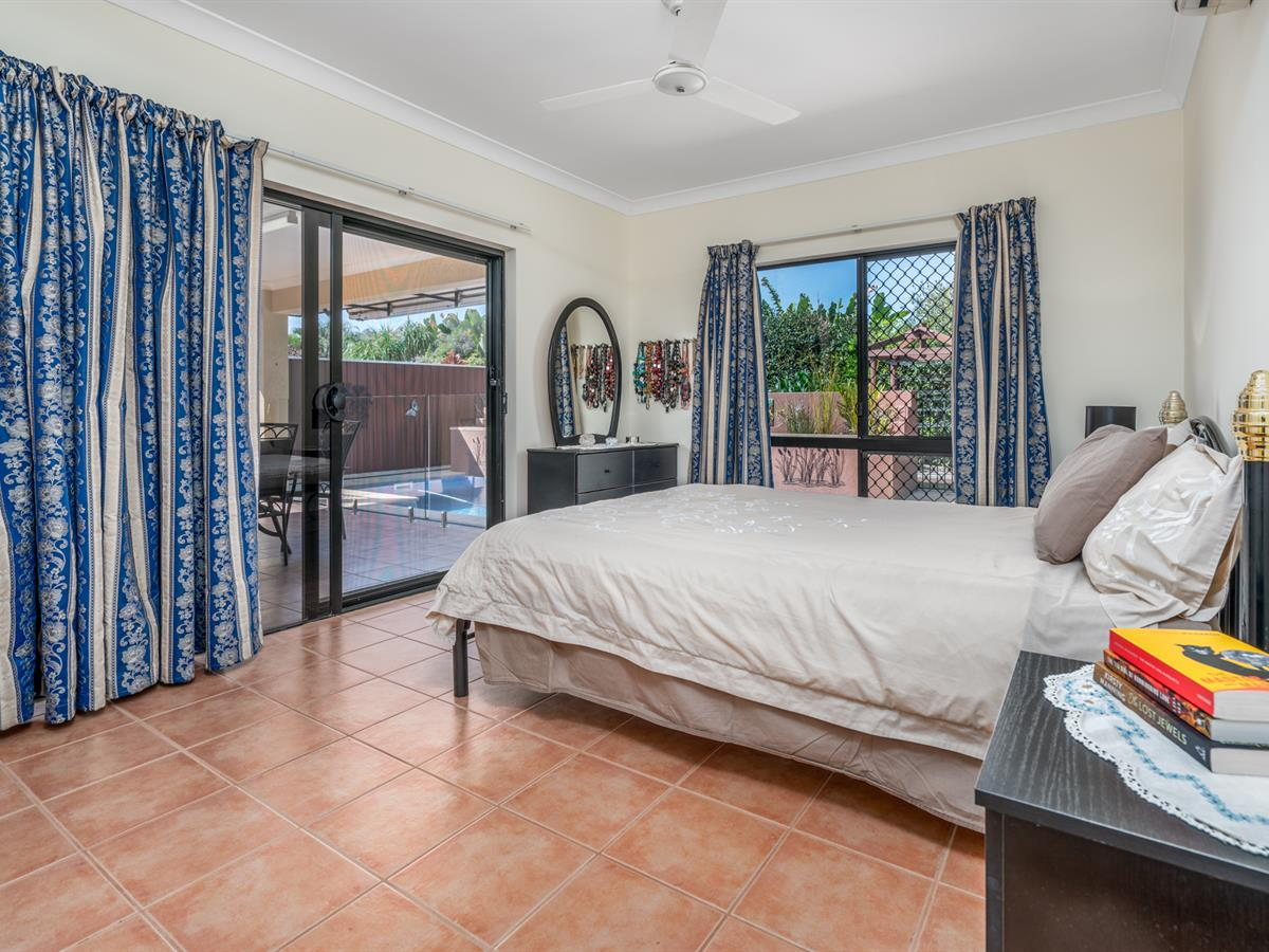 IMPECCABLE FAMILY HOME WITH WORKSHOP - Cairns Home Sales