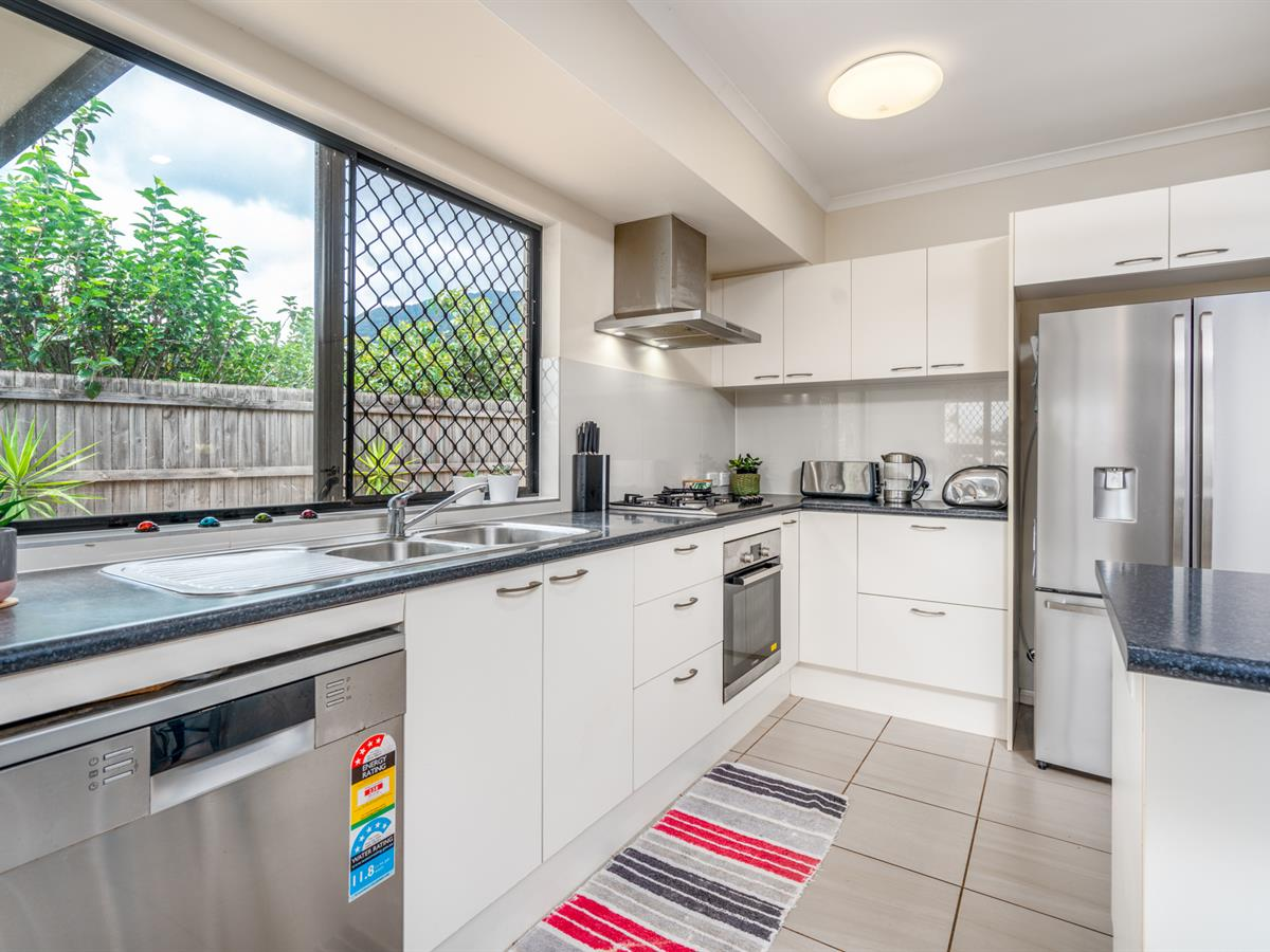 Great Family Home in Redlynch Central